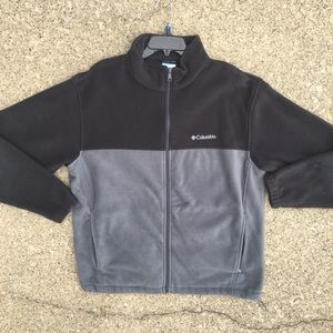 Columbia 2 tone Fleece Jacket. Size XL